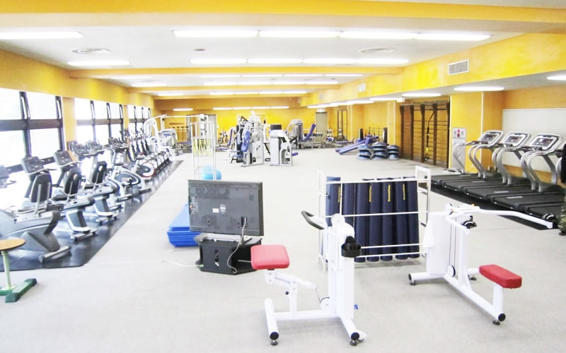 Inside Shinjuku Sports Center, a gym open to tourists in Tokyo
