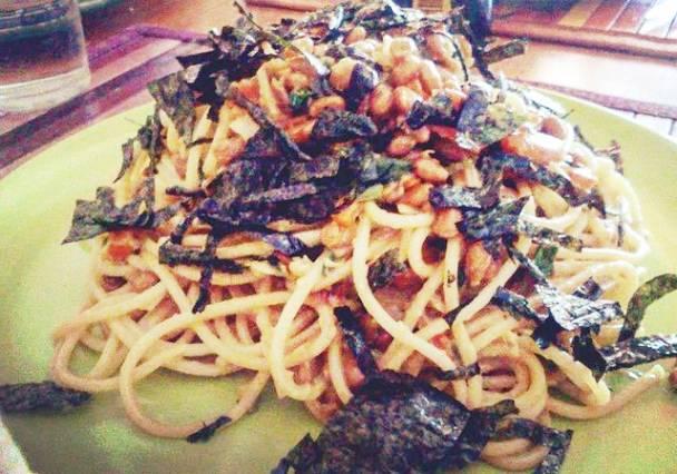 Itameshi style Natto and Bacon Spaghetti